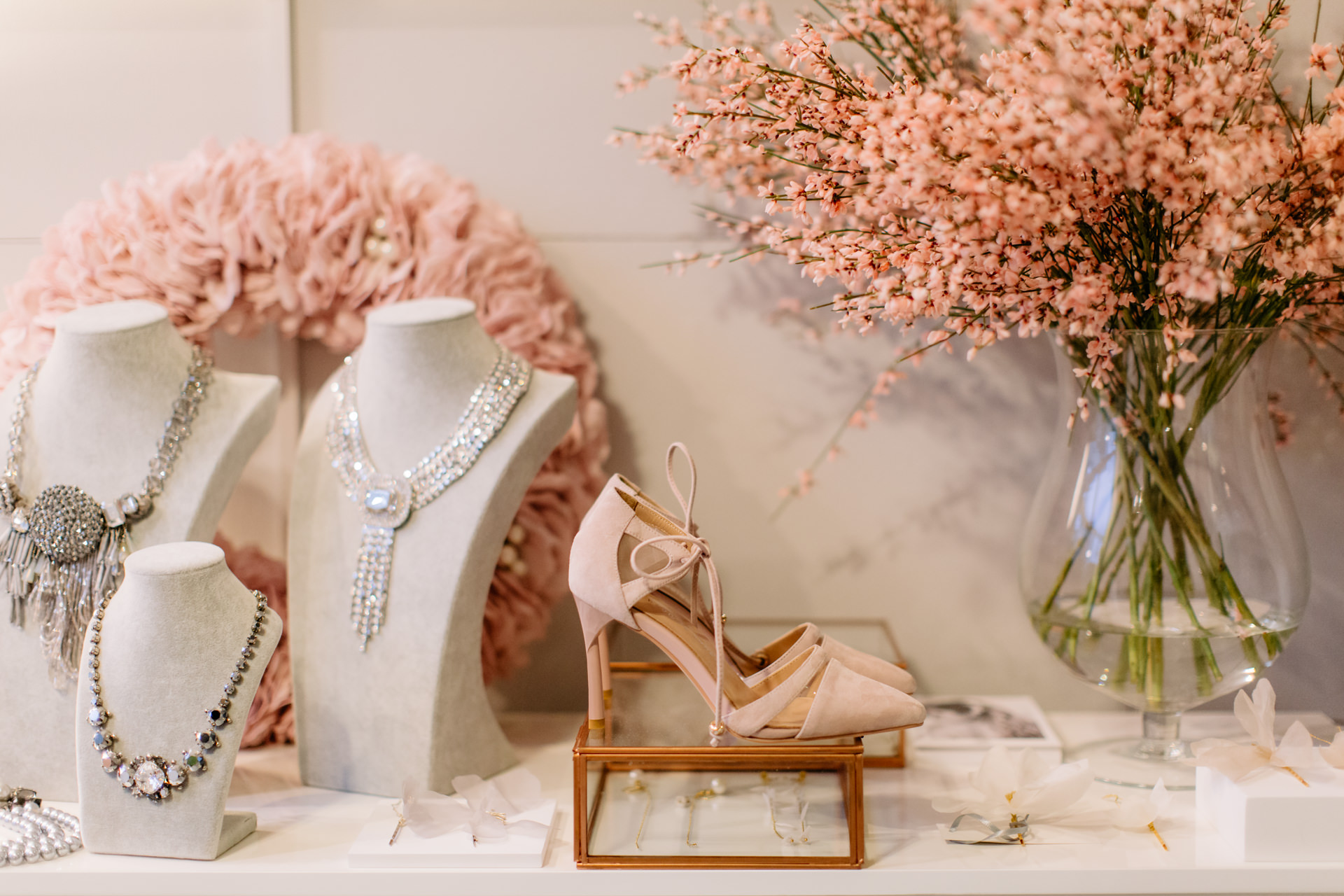 fotograf ślubny warszawa-buty ślubne