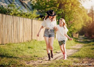 Wyjazdowa sesja rodzinna - Dzień Matki